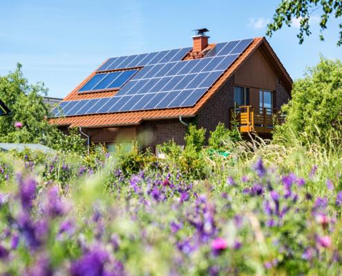 Solceller på en villa på Gotland