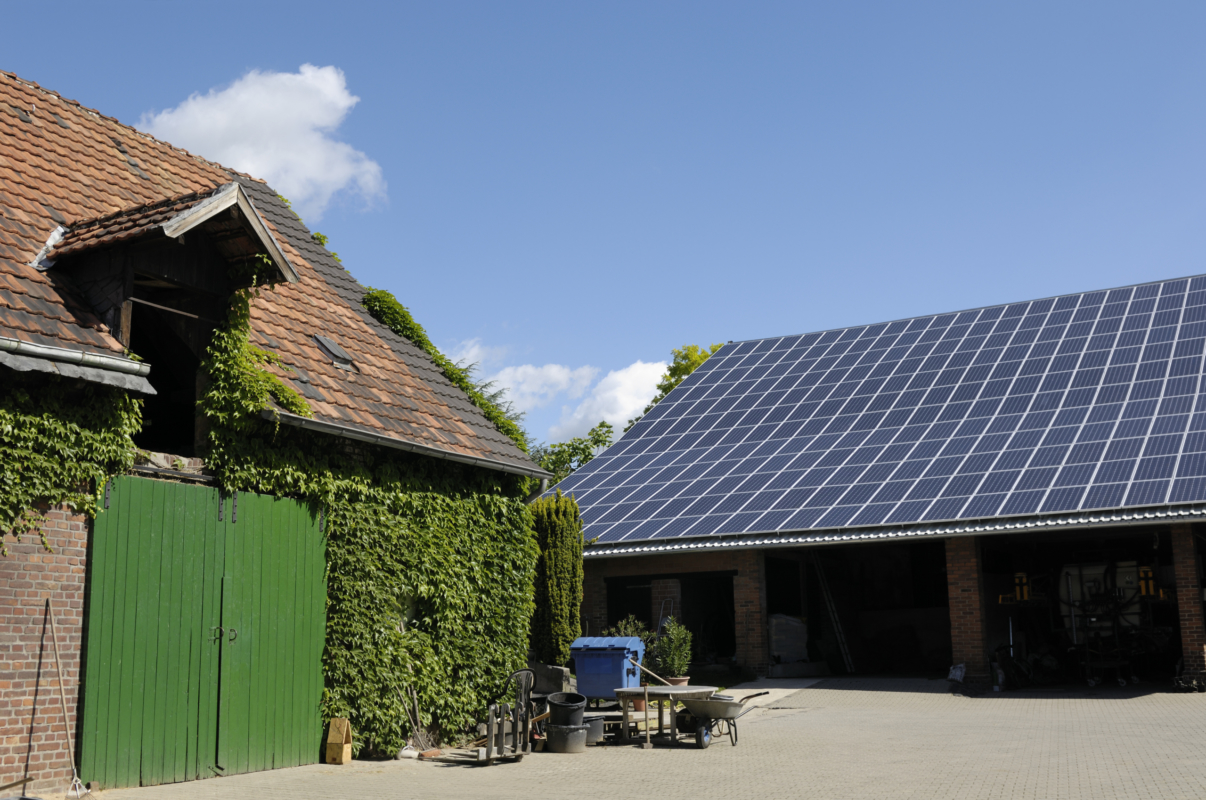 Solceller på en gård på Gotland